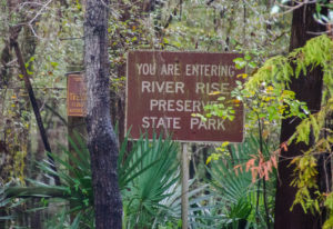 Entering River Rise State Park
